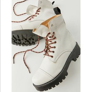 UO Juliette Treaded Lace-Up Boots